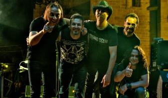 Amigos de Barra en concierto